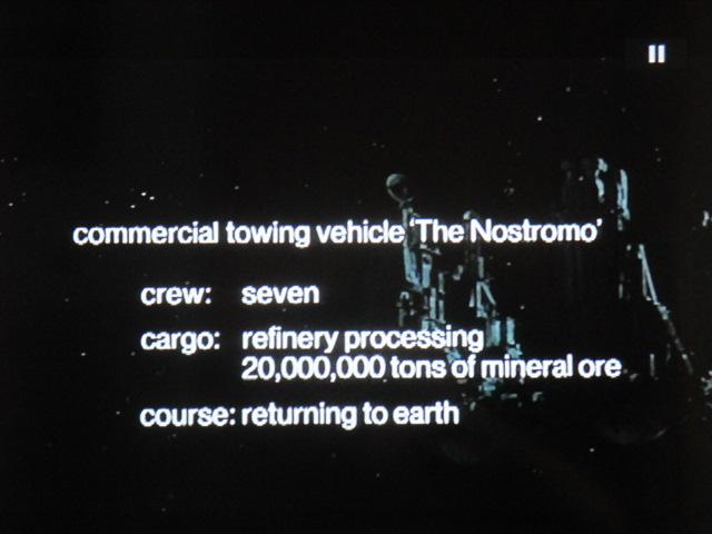 Vision froide déjà de l'espace : transport de matières premières. Sommeil engourdi des équipages. Fin de la poétique SF et de 2001? Capitalisme interstellaire triomphant. Crise aussi des années70.