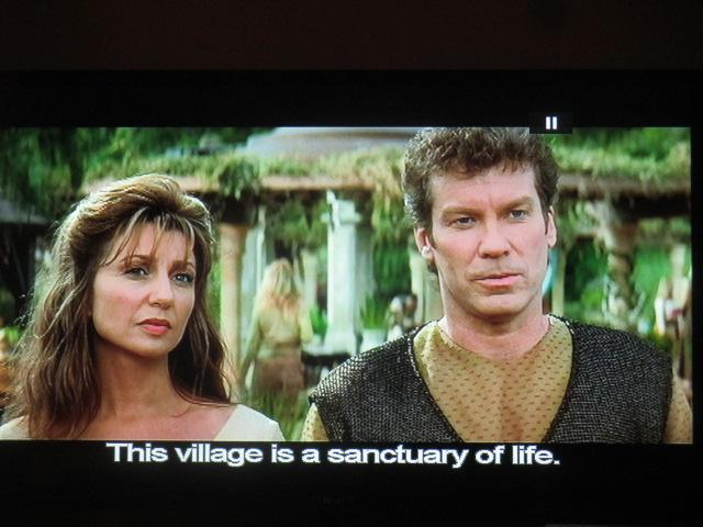 Demain on vous parle de ce film merveilleux, insurrection, avec l'équipe star trek. une planète d'initiés médiévistes et écologistes tente de sauvegarder la tradition primordiale hyperboréenne (ou à peu près !). Planète Guénon à la une!