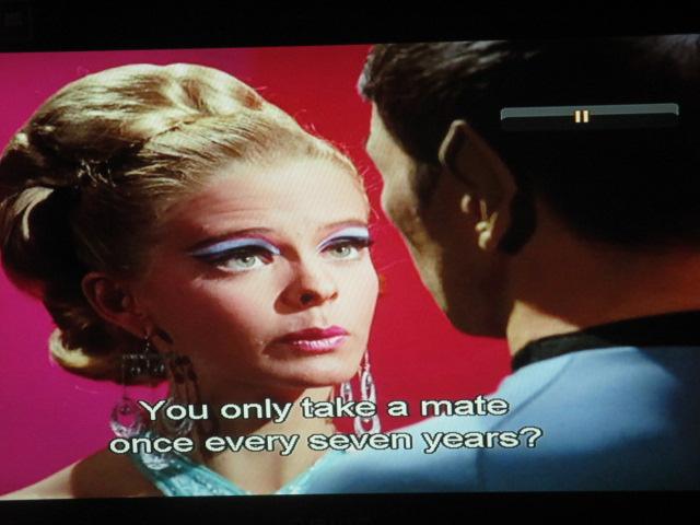 Thus Spock Kamasoutra ! Bientôt un livre ésotérique sur la vie sexuelle du capitaine Kirk et votre endoctrinement interplanétaire, lecteurs!