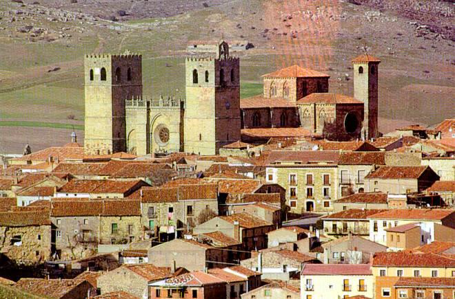 Merveille castillane à Siguenza, capitale de la Foi et du Moyen Age ! Deux jours magiques au parador et un hommage à Roch, le saint des voyageurs initiatiques!