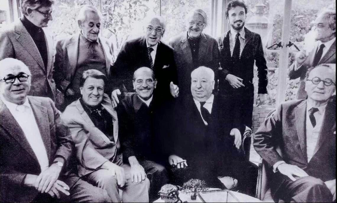 Moments inouïs : Luis Buñuel reçu par George Cukor rencontre Hitchcock et John Ford, puis Fritz Lang (traduction)