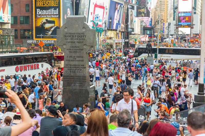 Bienvenue à Times Square, paradis du sub-touriste mondialisé…